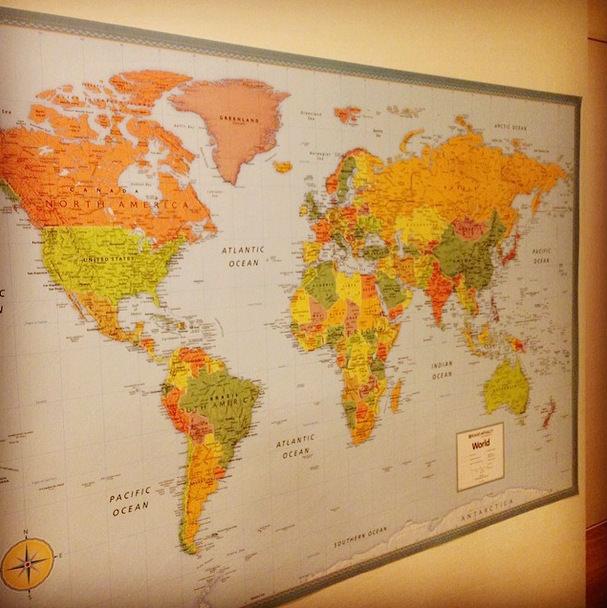 """【糸島移住生活 #032】巨大な世界地図。親子で""""大航海時代""""さながら妄想の旅へ"""